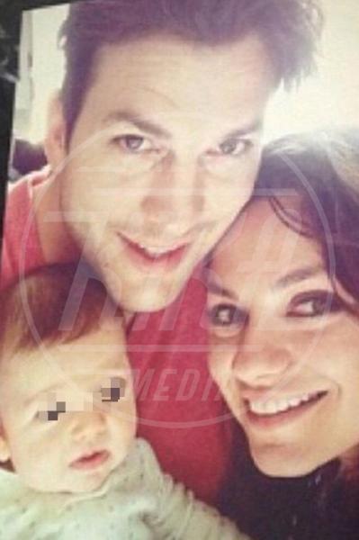 Wyatt Isabelle Kutcher, Mila Kunis, Ashton Kutcher - Los Angeles - 15-01-2015 - Mila Kunis e Ashton Kutcher: dentro il paradiso di Santa Barbara