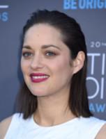 Marion Cotillard - Hollywood - 15-01-2015 - Occhiaie: segni del tempo o segni… di fascino?