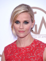 Reese Witherspoon - Los Angeles - 24-01-2015 - Frangetta addio, i capelli si portano con la riga di lato!