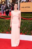 Felicity Jones - Los Angeles - 26-01-2015 - Le celebrity? Tutte romantiche belle in rosa!