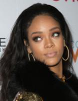 Rihanna - Los Angeles - 22-01-2015 - Specchio delle mie brame,ho le sopracciglia più belle del reame?