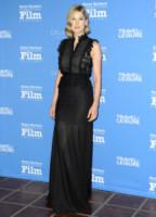 Rosamund Pike - Santa Barbara - 01-02-2015 - Rosamund Pike, un'eleganza da Oscar. Guarda che stile!