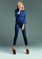 Hailey Baldwin - 03-02-2015 - Il migliore abbinamento per il jeans? Altro jeans