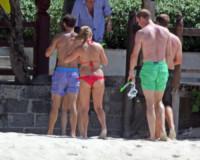 Principe William, Pippa Middleton - Mustique - 30-01-2015 - Povera Kate: si divertono tutti, tranne lei