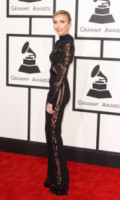 Giuliana Rancic - Los Angeles - 08-02-2015 - Grammy Awards 2015: Madonna alza la gonna