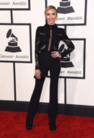 Giuliana Rancic - Los Angeles - 09-02-2015 - Grammy Awards 2015: Madonna alza la gonna
