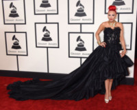 Kaya Jones - Los Angeles - 09-02-2015 - Grammy Awards 2015: Madonna alza la gonna