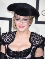 Madonna - Los Angeles - 09-02-2015 - Grammy Awards 2015: Madonna alza la gonna