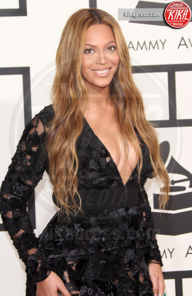 Beyonce Knowles - Los Angeles - 08-02-2015 - Grammy Awards 2015: Madonna alza la gonna