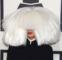 Sia - Los Angeles - 09-02-2015 - Grammy Awards 2015: Madonna alza la gonna