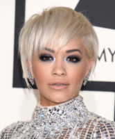 Rita Ora - Los Angeles - 09-02-2015 - Grammy Awards 2015: Madonna alza la gonna