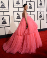 Rihanna - Los Angeles - 09-02-2015 - Grammy Awards 2015: Madonna alza la gonna