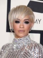 Rita Ora - Los Angeles - 08-02-2015 - Grammy Awards 2015: Madonna alza la gonna