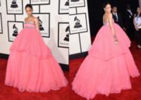 Rihanna - 09-02-2015 - Grammy Awards 2015: Vade retro abito!