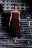 Rocio Munoz Morales - Sanremo - 10-02-2015 - Chi lo indossa meglio? Rocio Munoz Morales e Paloma Faith