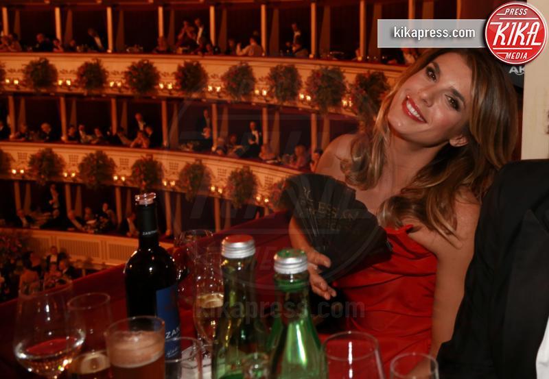 Elisabetta Canalis - Vienna - 12-02-2015 - Elisabetta Canalis: è cambiato qualcosa?