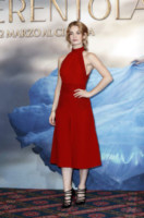 Lily James - Milano - 18-02-2015 - Vuoi essere vincente? Vestiti di rosso