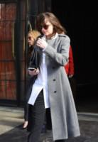 Dakota Johnson - New York - 18-02-2015 - Gli smartphone influenzeranno l'evoluzione dell'uomo