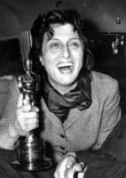 Anna Magnani - Roma - 14-05-1956 - Occhiaie: segni del tempo o segni… di fascino?