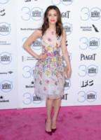 Emmy Rossum - Santa Monica - 21-02-2015 - Chi lo indossa meglio: Emmy Rossum o Jessica Capshaw?