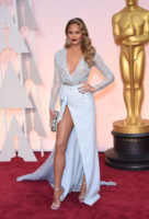 Chrissy Teigen - Hollywood - 23-02-2015 - Oscar 2015: il red carpet si fa sexy!
