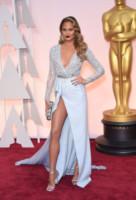 Chrissy Teigen - Hollywood - 23-02-2015 - Oscar 2015: quanti passi falsi sul red carpet!