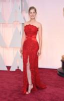 Rosamund Pike - Hollywood - 23-02-2015 - Vuoi essere vincente? Vestiti di rosso