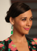 Rashida Jones - Los Angeles - 22-02-2015 - Oscar 2015: le dive scelgono gioielli preziosi e… vistosi!