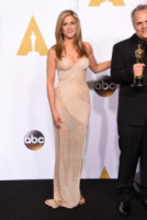 Jennifer Aniston - Hollywood - 22-02-2015 - Oscar 2015: il red carpet si fa sexy!