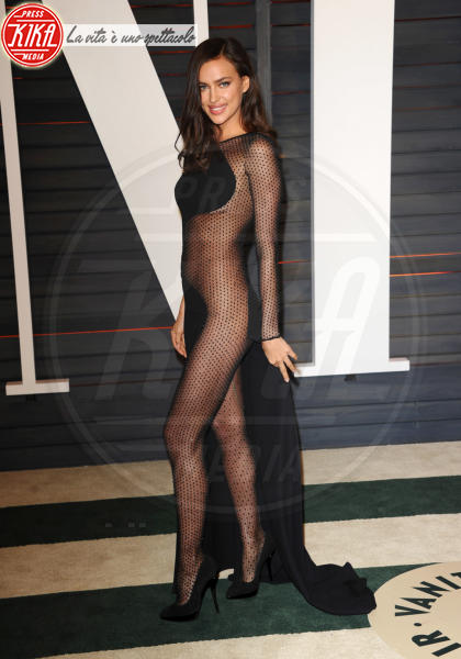 Irina Shayk - West Hollywood - 22-02-2015 - Oscar 2015: il red carpet si fa sexy!