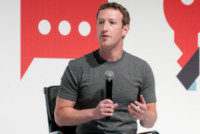 Mark Zuckerberg - Barcellona - 02-03-2015 - Ossessione privacy, Mark Zuckerberg e la sua casa vacanze