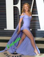 Kylie Minogue - Beverly Hills - 22-02-2015 - Vuoi vivere meglio? Vestiti con la cromoterapia!