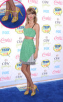 Taylor Swift - Los Angeles - 10-08-2014 - Festa della donna? Quest'anno la mimosa indossala!