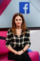 Emma Watson - Londra - 08-03-2015 - Emma Watson: altro che fidanzato, è tempo di nostalgia!
