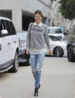 Alessandra Ambrosio - Los Angeles - 11-03-2015 - Ecco le celebrity che fanno uno strappo alla regola… dei jeans