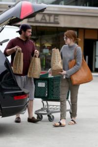 Emma Stone - Malibu - 11-03-2015 - Star come noi: la vita reale è fatta di commissioni