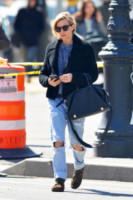 Sienna Miller - New York - 13-03-2015 - Ecco le celebrity che fanno uno strappo alla regola… dei jeans