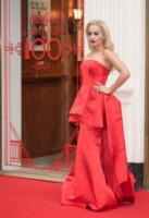 Rita Ora - Londra - 19-03-2015 - Vuoi essere vincente? Vestiti di rosso