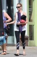 Charlize Theron - Los Angeles - 20-03-2015 - Tuta, leggings, top crop: scegli lo stile fitness che fa per te!