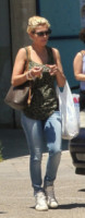 Emma Marrone - Aradeo al Mare - 15-06-2012 - La bella e la bestia: ogni star ha la sua parte sciatta!