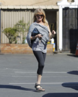Goldie Hawn - Los Angeles - 26-03-2015 - Tuta, leggings, top crop: scegli lo stile fitness che fa per te!