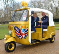 Principe Carlo d'Inghilterra, Camilla Parker Bowles - Londra - 27-03-2015 - Con Carlo e Camilla anche l'ape diventa regina