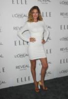 Doutzen Kroes - Beverly Hills - 20-10-2014 - Non solo LBD: oggi il tubino è anche bianco!