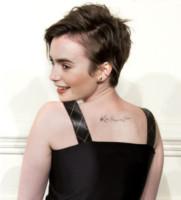 Lily Collins - New York - 01-04-2015 - Quando le celebrity ci danno un taglio… ai capelli!