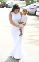 North West, Kim Kardashian - Woodland Hills - 05-04-2015 - In primavera ed estate, le celebrity vanno in bianco!