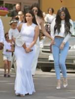 North West, Kylie Jenner, Kim Kardashian - Agoura Hills CA - 05-04-2015 - Pasquetta in bianco per il clan Kardashian