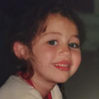 Miley Cyrus - 17-04-2015 - Star da piccole: oggi sono famosissime, le riconosci?
