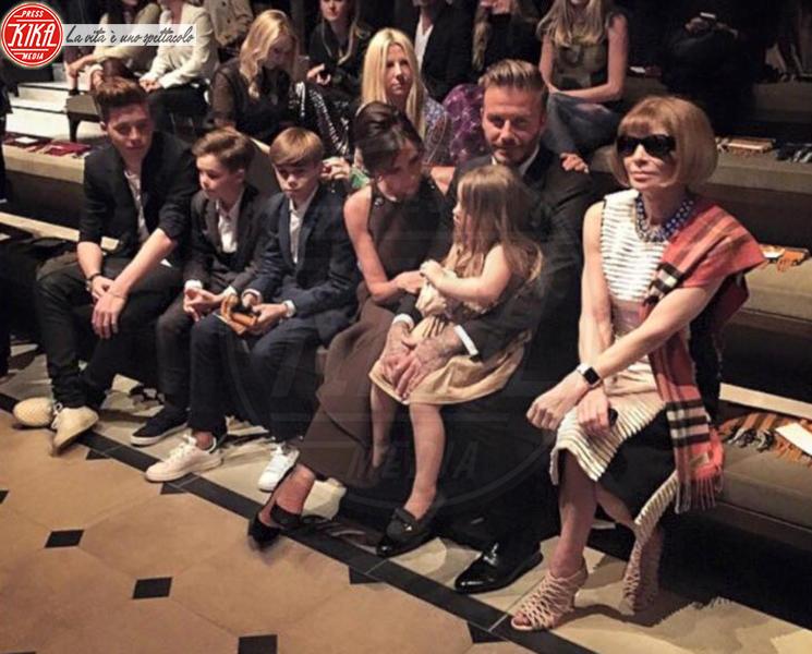 Harper Seven Beckham, Cruz Beckham, Romeo Beckham, Brooklyn Beckham, David Beckham, Anna Wintour, Victoria Beckham - 15-04-2015 - Genitori da record: James Van del Beek al sesto figlio!