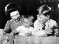 Principe Edoardo, Principe Andrea Duca di York, Regina Elisabetta II - Windsor - 01-06-1965 - Dio salvi la regina: Elisabetta II compie 63 anni di regno