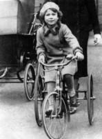 Regina Elisabetta II - Londra - 01-11-1936 - Dio salvi la regina: Elisabetta II compie 63 anni di regno